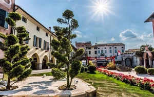 Ultimo weekend di Piazza in Fiore